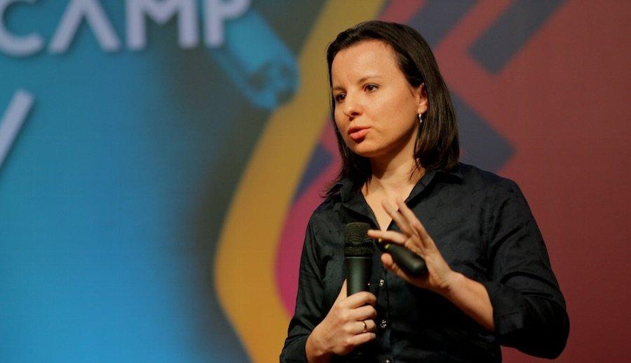 De estagiária a CEO: a trajetória empreendedora de Joana de Jesus à frente da Automatisa Laser Solutions