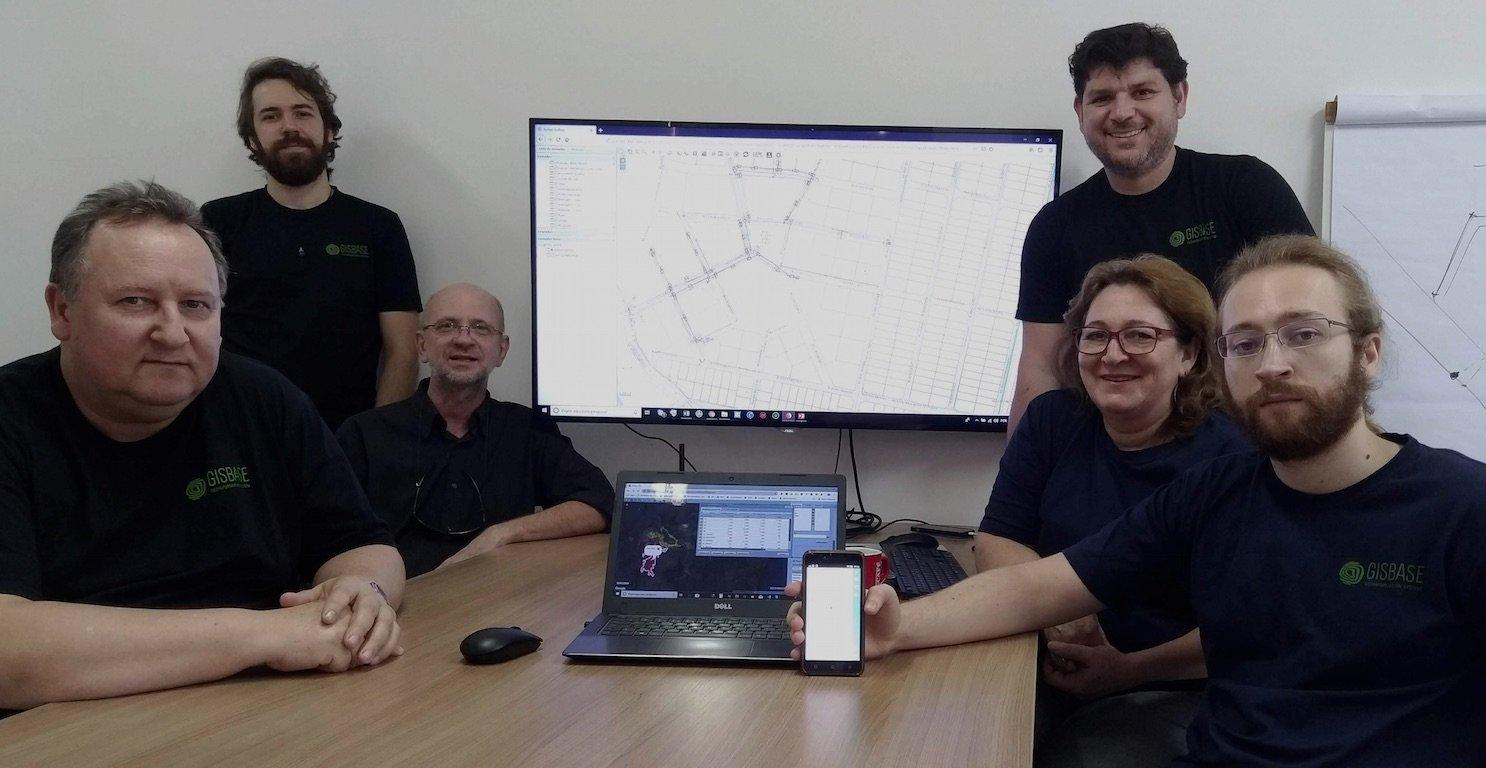 Plataforma mobile catarinense ajuda municípios a gerenciar a rede de saneamento e esgoto