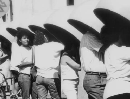 """Os 40 anos de uma inovação manezinha: a """"chamada a cobrar"""""""