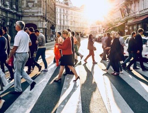 Como a parceria entre cidadãos, poder público e empresas pode desenvolver cidades inteligentes?